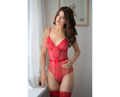 Боди c интимным вырезом SoftLine Collection Linda, красный, M/L